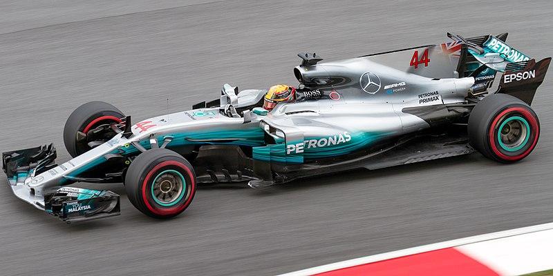 Lewis Hamilton in seinem Formel 1 Rennwagen